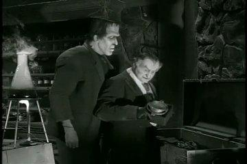 THE MUNSTERS - 1x18 - If A Martian Answers, Hang Up (ITA)